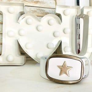Cinturón con hebilla estrella